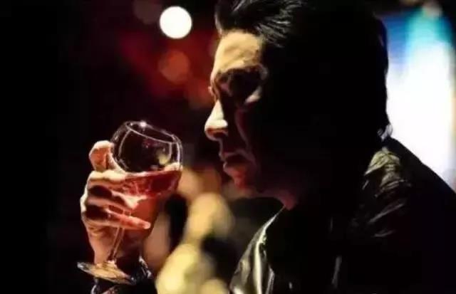 40岁喝酒